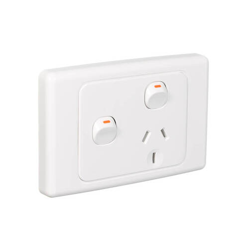 Clipsal 2015X | Single GPO With Extra Switch 10Amp 250v White (2000 Series) main image